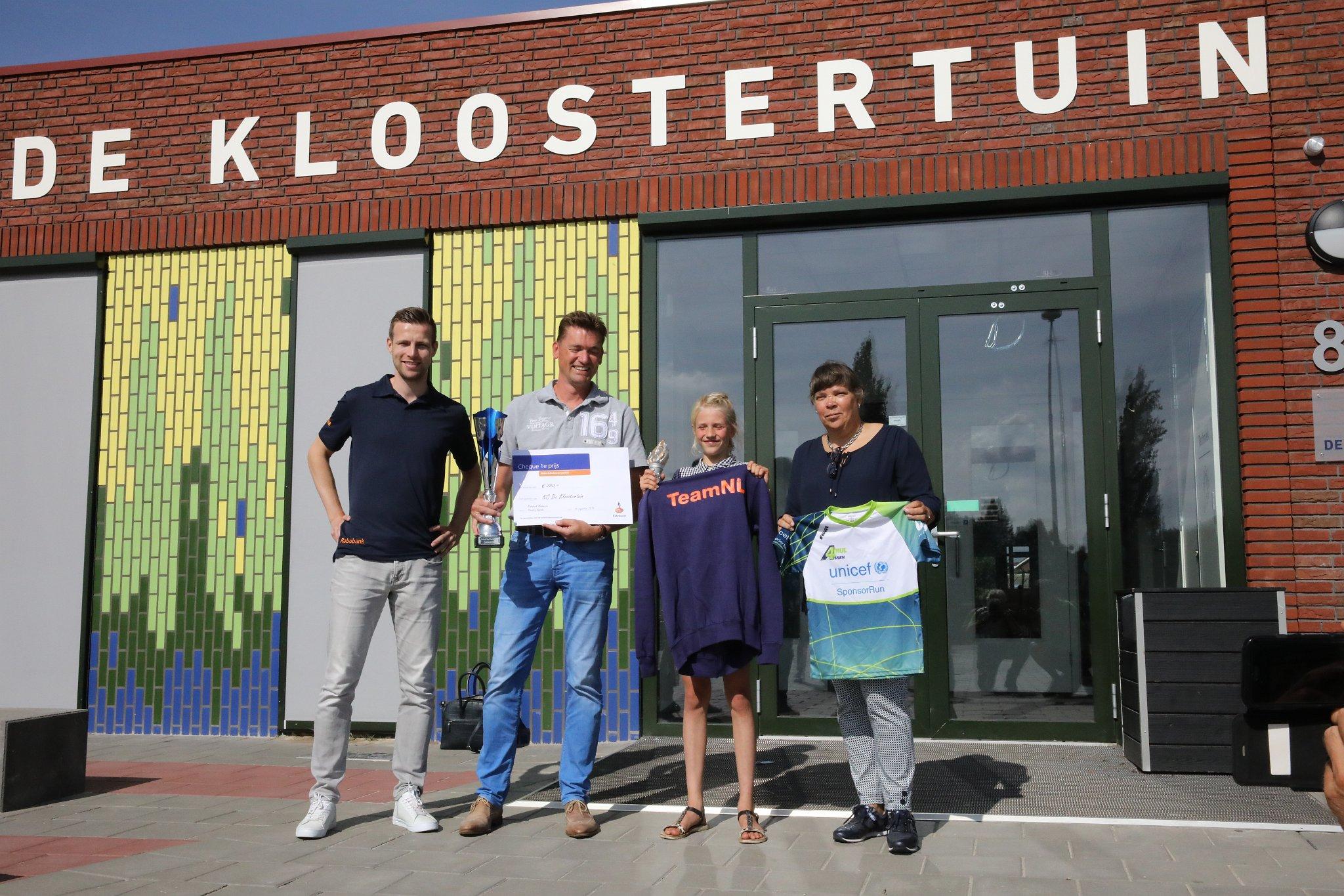 Prijsuitreiking op KC De Kloostertuin